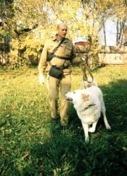 Кавказская овчарка Берг была подготовлена для охраны частной аптеки